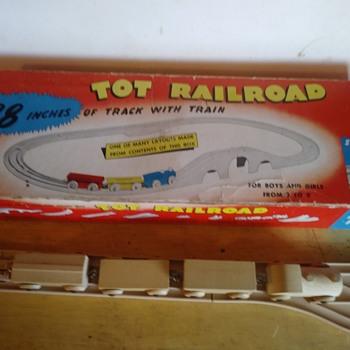 Tot Railroad - Model Trains