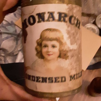 Pre 1920 monarch milk cans - Advertising