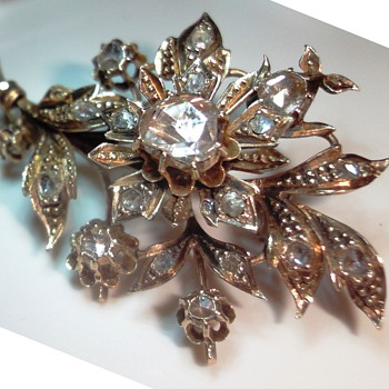 GEORGEOUS ROSE GOLD ROSE CUT DIAMOND FLOWER BROOCH - Fine Jewelry