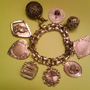 Mom's Vintage Sterling Silver Charm Bracelet w/9 charms