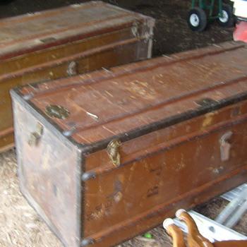 madler koffer steamer wardrobe trunk identification and price - Furniture