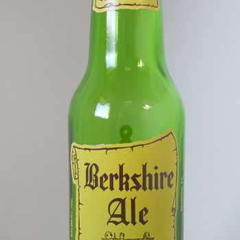 Vintage Berkshire Ale 8 Ounce Bottle….. - Breweriana