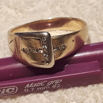 (not quite) estate jewelry/rings #3 - Fine Jewelry