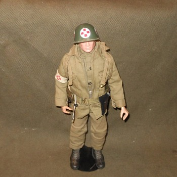 Vintage GI Joe Marine Medic in Army Uniform 1964-1966 - Toys
