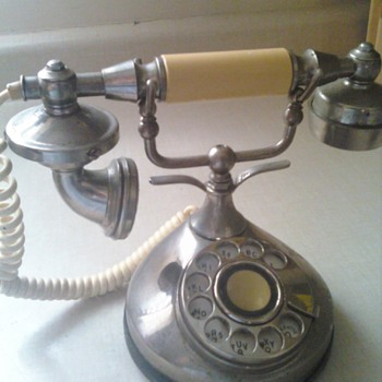 Authentic Petite Telephone Series in working condition