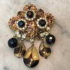 D & E CHAMPAGNE TOPAZ BROOCH...the rarest glass dangle beads!