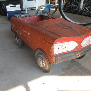 1960's MURRAY PEDAL CAR - Model Cars