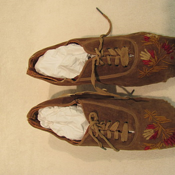 shoe - embroidered