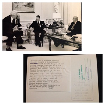 Reagan, Shultz & Shevardnadze - nuclear limitation treaty  - Photographs