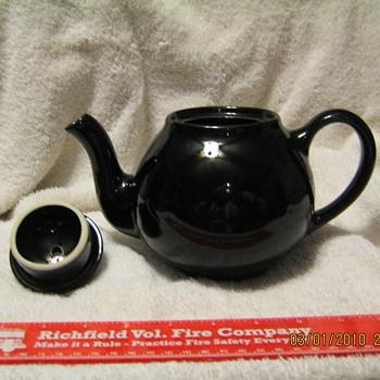 Lipton Tea teapot - Kitchen