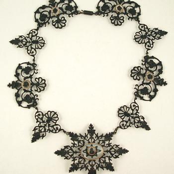 Berlin Iron jewelry by Siméon Pierre Devaranne - Fine Jewelry