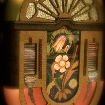 Wurlitzer 580 wall selector and speaker 1942 - Coin Operated