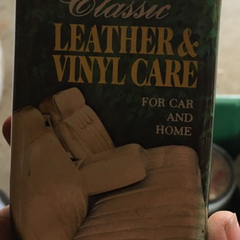 Classic Leather and Vinyl Care Tin