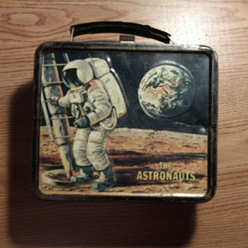 "School Lunch Box; ""Astronauts"" (Moon Landing July 1969)  - Kitchen"