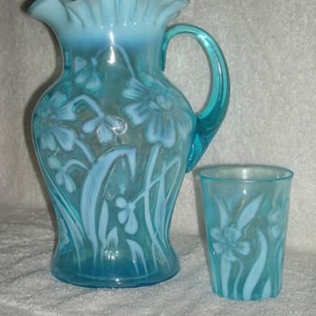 Daffodil iridescent pitcher and glass - Glassware