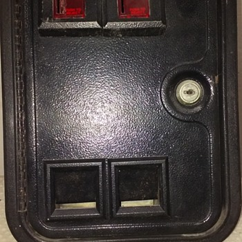 dual 25c coin door assembly from a 'crane game' arcade machine - Coin Operated