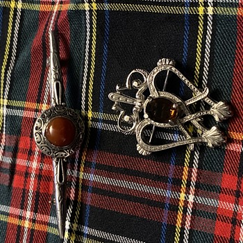 More Scottish Jewelry - Costume Jewelry