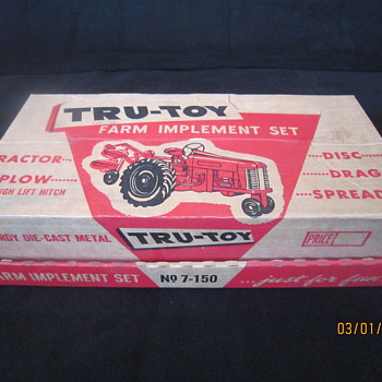 Early 1950's Tru-Toy No. 7-150 Complete with Box Die Cast Metal Tractor Plow Disc Drag Spreader Farm Implement Set