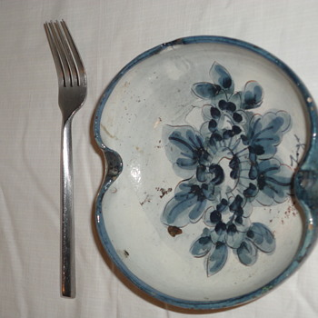 Blue and White Pottery dish - Pottery