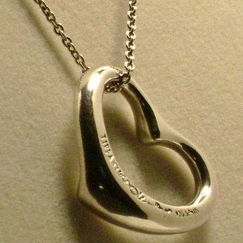 Tiffany & Co Open Heart 925 - Fine Jewelry
