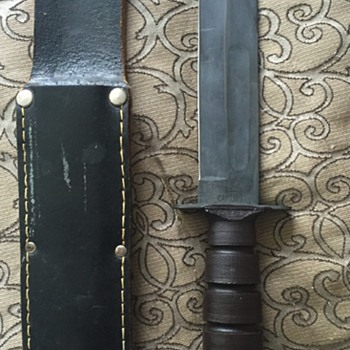WW2 US Camillus Combat Fixed Blade Fighting Knife