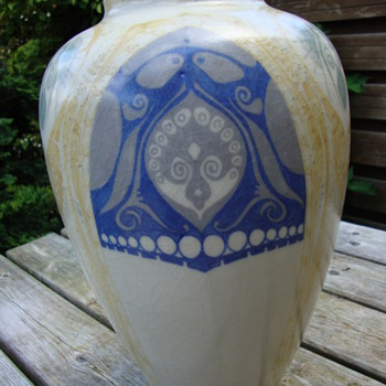 a large distel vase by nienhuis - Pottery