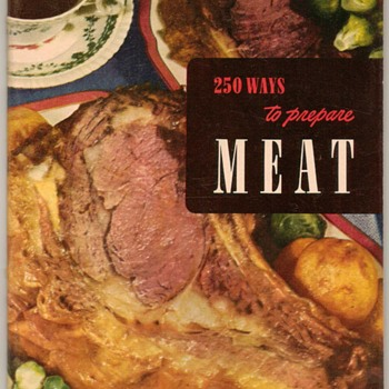 "1952 - Recipe Booklet ""Preparing Meat"" - Books"