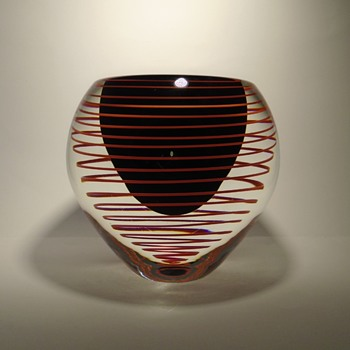 Stanislav Libensky 7713 art glass vase with swirl -- Skrdlovice glassworks 1977 -- Czech art glass - Art Glass