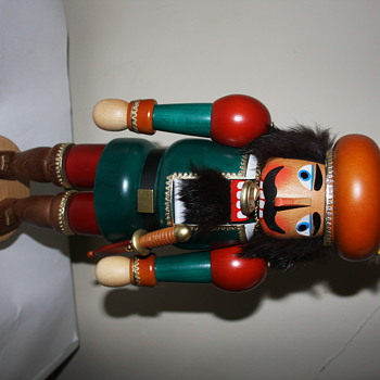 Erzgebirge Nutcracker.  When made and what type of figure? - Christmas