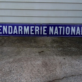 Gendarmerie Nationale  - Politics