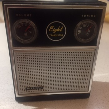 Wilco Eight Transistor Pocket Radio