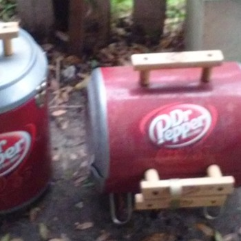 Dr. Pepper Grill & Cooler Set ( Unused Condition)  - Advertising