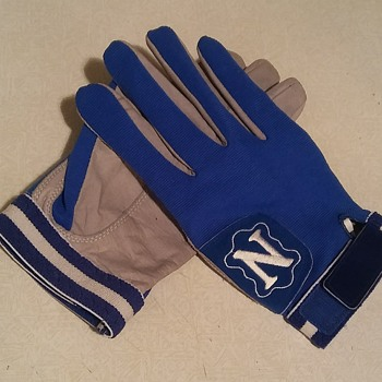 U.S. Navy Blue Angels Flight Gloves - Military and Wartime