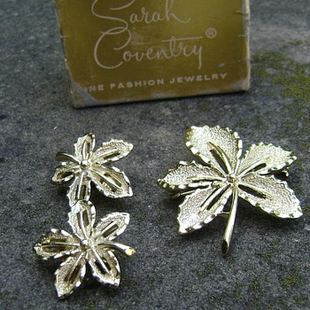 Sarah Coventry Brooch and Earrings - Ivy - Costume Jewelry