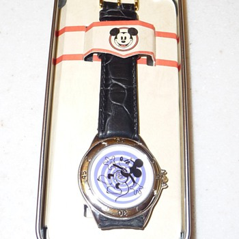 Spiral Disney Store Mickey Mouse Watch - Wristwatches