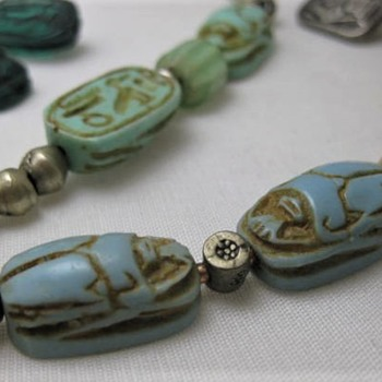 Old glass or ceramic scarab beads for Elisabethan - Fine Jewelry