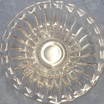 """11"""" Clear Glass Scallop Bowl - Glassware"""