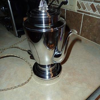 Manning-Bowman Co. Coffee percolator