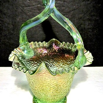 Loetz Basket with Thorn-Branch Handle. - Art Glass
