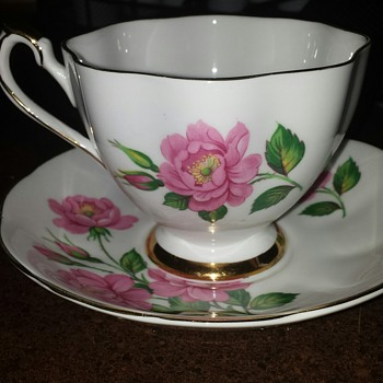 Fine Bone China Made in England - Tea Cup and Saucer #6143 - China and Dinnerware