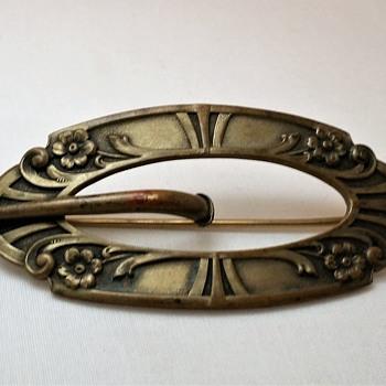 Bronze Art Nouveau sash pin - Art Nouveau