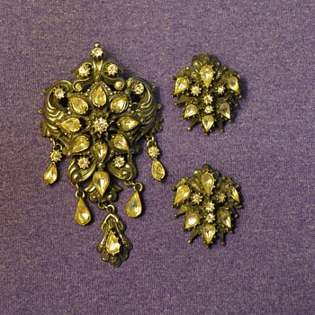 "Florenza Brooch and Earrings (""silver"") from my Great-Grandma"