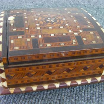 Wood and ivory cigarette box - Tobacciana