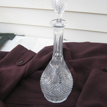 I have literally looked at thousands of info trying to identify my decanter - Glassware