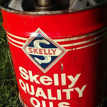 Skelly 5 gallon can - Petroliana