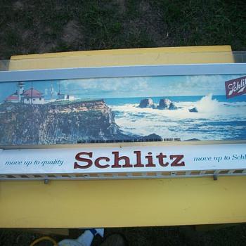Schlitz sign
