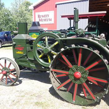 Rumley tractor - Tractors