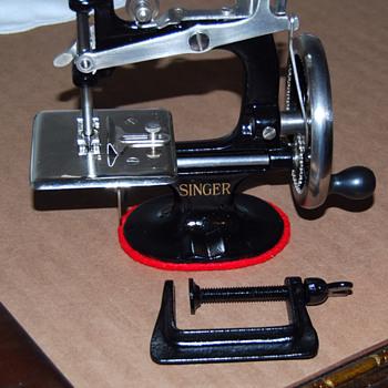 restored singer toy sewing machine