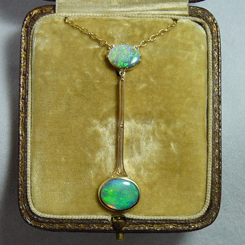 Australian Art Deco 15ct Gold and Two Opals Necklace circa 1920's - Art Deco
