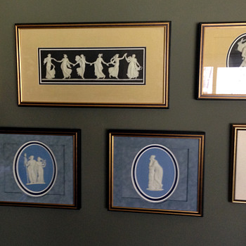 Wedgwood plaques - China and Dinnerware